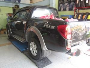 ยาง BRIDGESTONE ราคาถูก รังสิต 245/70/16 รุ่น 850